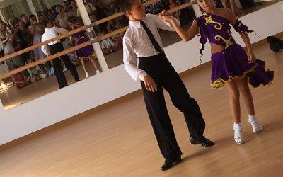 """В Эстепоне открылась новая школа танцев """"Arabesque"""""""