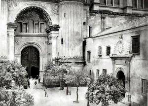 Patios de los naranjos, La catedral, 1880