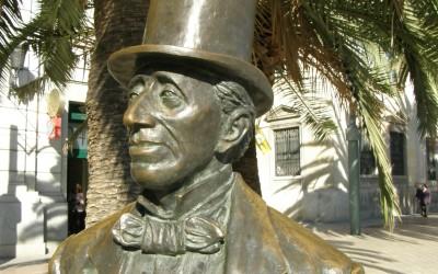 Достопримечательности Малаги – Скульптура Гансу Христиану Андерсену