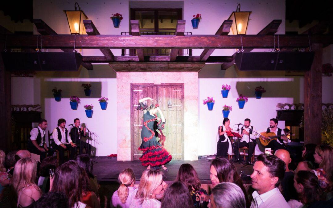Супер-шеф Дани Гарсия представляет свой летний театрально-гастрономический вечер по-андалузски