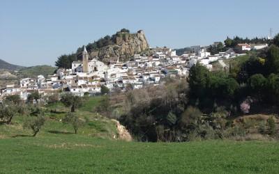 Ардалес – город двух замков.