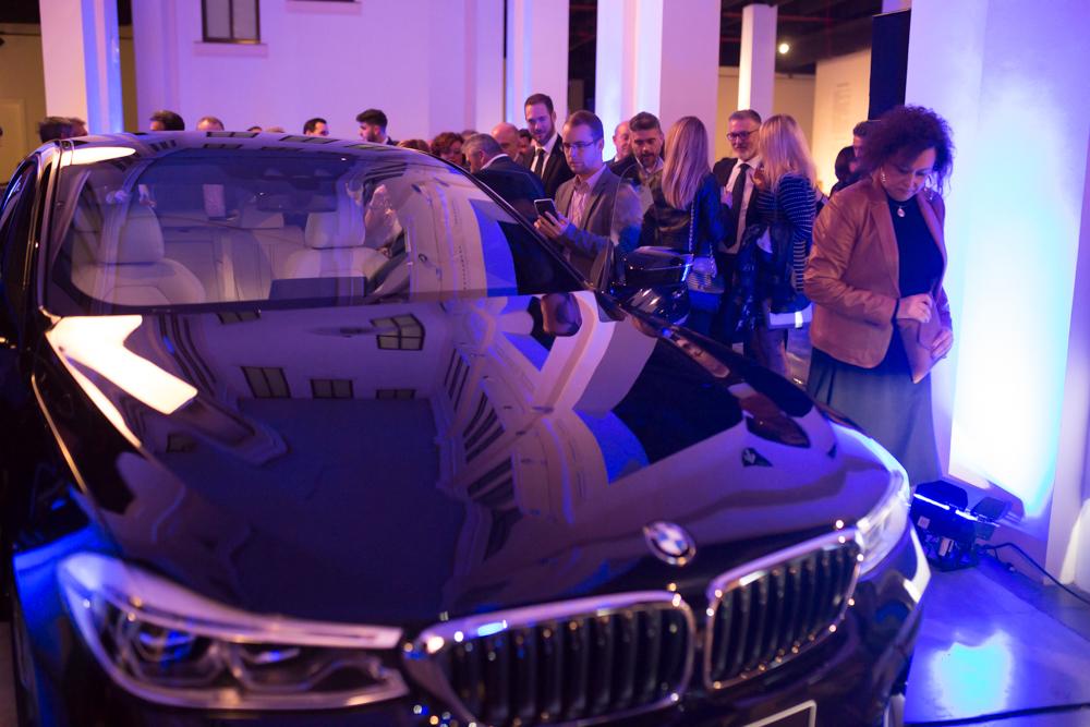 Грандиозная презентация BMW их новых шикарных моделей X3 и 6GT
